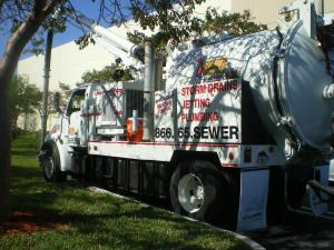 rooter-sewer-drain-man (23)