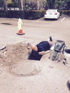 rooter-sewer-drain-man (9)